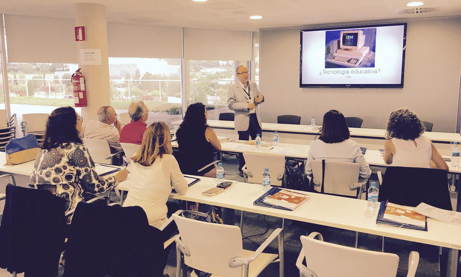 Los programas universitarios para mayores de la comunidad for Aula virtual generalitat valenciana